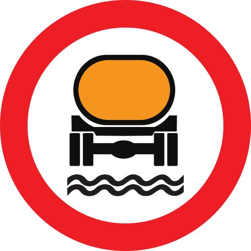 Señal vertical reglamentaria de entrada prohibida a vehículos que transporten productos contaminantes del agua