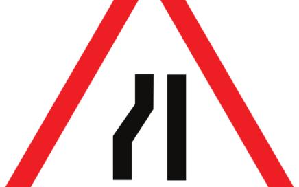 Señal vertical de advertencia de peligro por la proximidad de un estrechamiento de la calzada por la izquierda