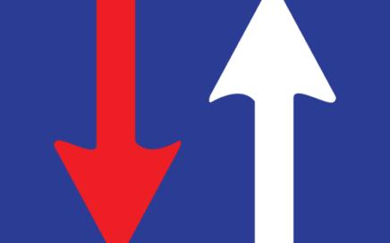 Señal vertical reglamentaria de prioridad respecto al sentido contrario